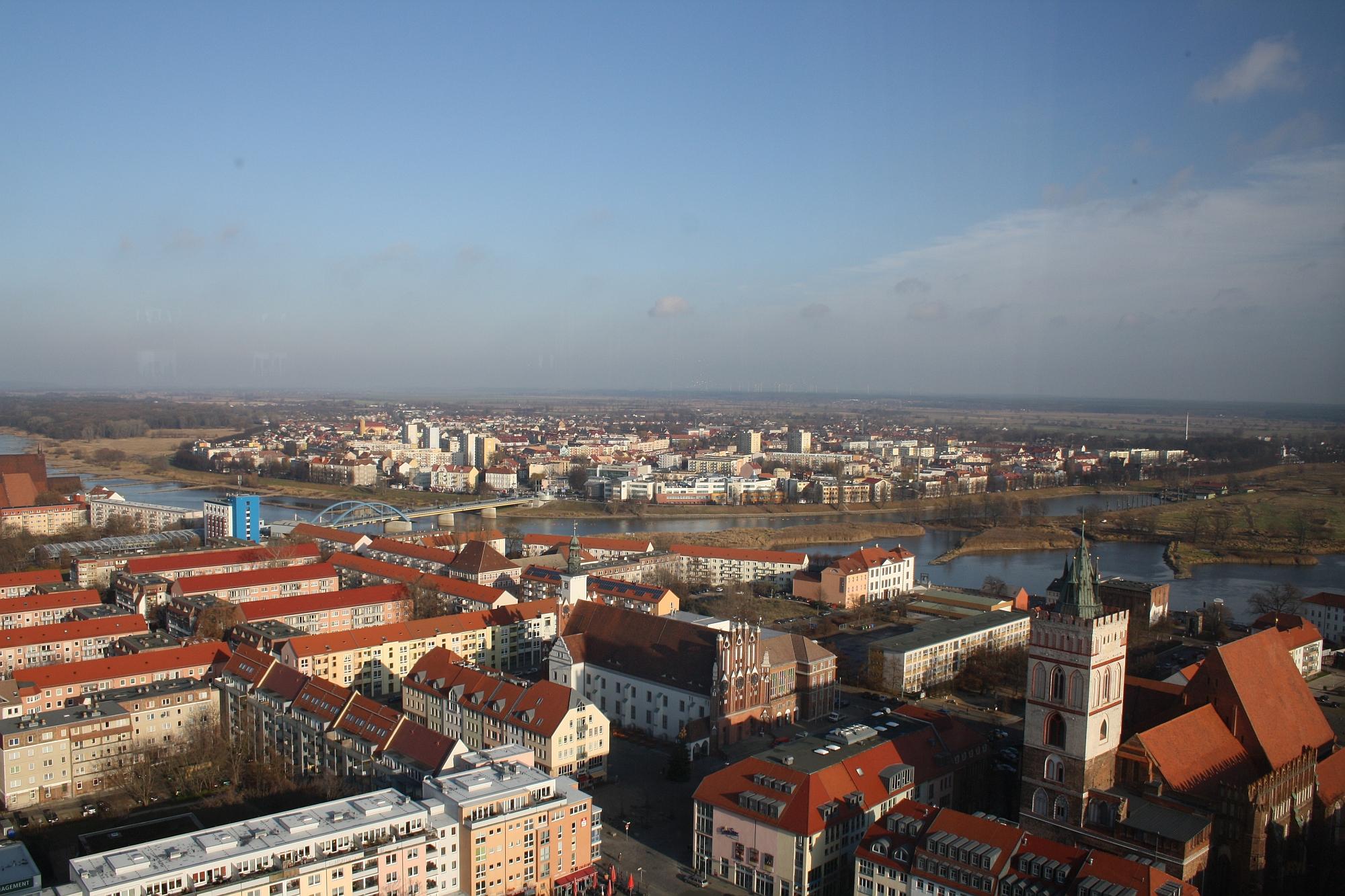 Foto: Frankfurt (Oder) und Słubice, vom Oderturm aus gesehen, © Stadt Frankfurt (Oder)